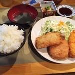 36583968 - ミックスフライ定食750円