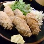 鳥よし - 牡蠣フライ800円