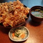 魚料理みうら - ジャンボかき揚げ天丼(1,188円)