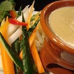 BONGO - 【もはや定番】新鮮野菜とバーニャカウダ 【500円】