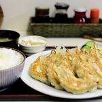 栄福 - 餃子定食