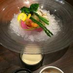 博多金鯖 - お通しのお野菜。