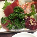 牛宿 - 料理写真:個別盛りの刺身