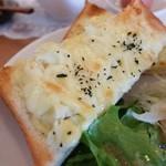 シャトン - マッシュポテトとチーズ(これがめちゃうま!)