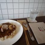 cafe matka - 豚肉と豆のカレー
