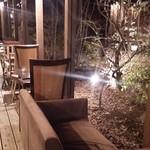 36620996 - (2015/2月)花音前の廊下の椅子