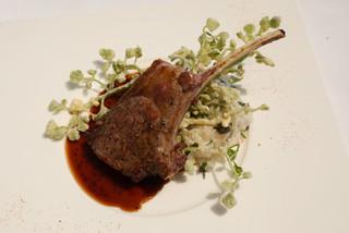 アルジェント ASAMI - 仔羊背肉の炭火焼 田芹のリゾットを添えて
