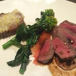 BARGANCHAN - 2015年4月。京丹後産鹿肉と猪ロースのステーキ食べ比べ(1300円)。