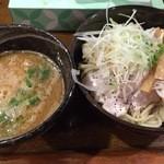 麺や 西や - 鶏白湯つけ麺 (800円)