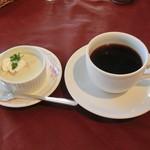 パレスサイドホテル Fermata - 1000円ランチのコーヒーとデザート(青リンゴのムース)