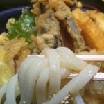 36641932 - 天ぷらおろし 麺リフト