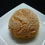 トゥールブラン - ☆クッキー生地のシュークリームですね(^◇^)☆