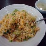 龍盛菜館 - 「海老レタスチャーハン」770円也。税込。