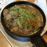 ランチコース(2,000円+税)のメイン「白金豚の胃と腸の白ワイン煮 カーン風」2015年4月