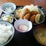 ドライブインサザエ - 2015.04再訪 ミックスフライ定食(750円)