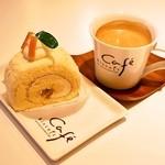 ビスキュイ - 料理写真:2015.4 クリームチーズのロールケーキ、ブレンドコーヒー