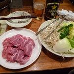 3667297 - 野菜盛り合わせ(500円)に特上生仔羊(900円×2)