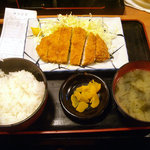 吟くら - 「ロースカツ定食」600円