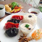 EDEN - 2015年4月の旬菜カフェプレートA.彩り水餃子 前菜ブッフェがついて1200円