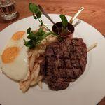 ロティ アメリカンワインバー&ブラッセリー - ステーキ、エッグ&チップス
