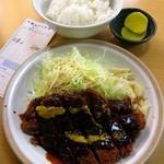 松屋 - みそかつライス800円