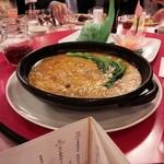赤坂 四川飯店 - シンガポールコラボレーションでの、気仙沼産のフカヒレの姿煮です。