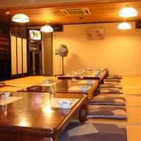 かに満 - 広々とした宴会場 旧式カラオケ・席料・サービス料無料・3時間迄利用OK