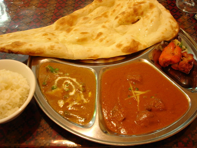 A curry, rice, and naan set from Khukuri in Hiyoshi.
