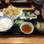 秀すし - 料理写真:天ぷら定食 880円