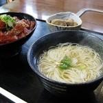 36699538 - あっさりした丹生麺 (まぐろ丼定食)