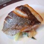 ア・ヴォートル・サンテ - ランチMenuBよりお魚料理いさきのポワレ