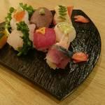 魚河岸料理 天家 - 手まり寿司
