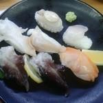 スシロー  - 料理写真:貝豪華七貫盛り【980円】