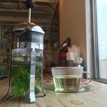 バグダッド・カフェ - 料理写真:フレッシュハーブティー
