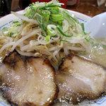 麺屋 多吉 - もやしラーメン650円。