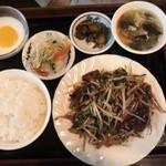 龍膳 - レバニラセット