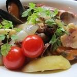 レストラン マヤ - レッドシースープ