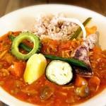 浮島ガーデン - 島野菜オーガニックスパイスカレー
