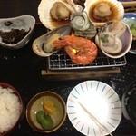 味佐々 - 貝焼き膳(1450円)