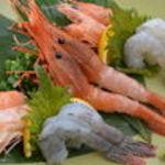 笑うだるま - 料理写真:海老の刺身三種盛り合わせ(2人前から)