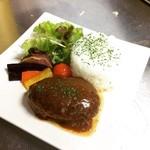 リトルリンダ - 料理写真:当店自慢のハンバーグ☆