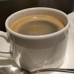 ケーキハウス アルディ - レギュラーコーヒー(450円)です。