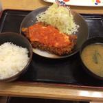 松乃家 - チーズトマトチキンモモカツ定食