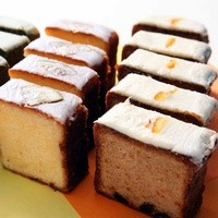 24/7 KIOSK - 珈琲と相性ぴったりのしっとりベイクケーキ