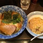 ら麺亭 - 半チャンらー麺(500円)
