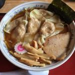 36737194 - 「ワンタン麺」940円