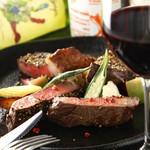 赤坂あじる亭 L'epice - ジューシーに焼き上げた牛ランプ肉のペッパーステーキ