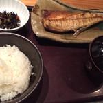 博多もつ鍋やまや - 塩サバ定食¥1000