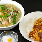 チャイナ ガーデン - ランチセット(タンメン・半マーボ―丼)