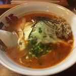 らーめんなんでや麺 - 料理写真:チーズ担々麺980円。あったまる〜!